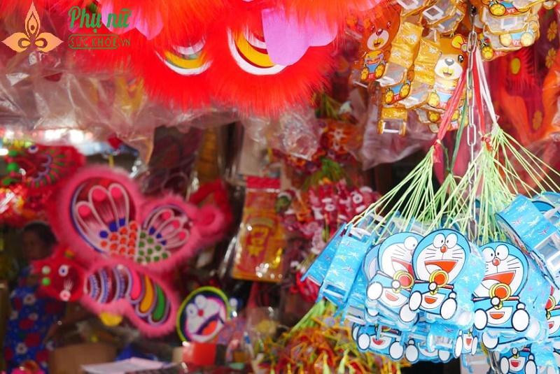 Về thăm làng đèn lồng truyền thống rộn ràng trước Tết Trung thu - Ảnh 8