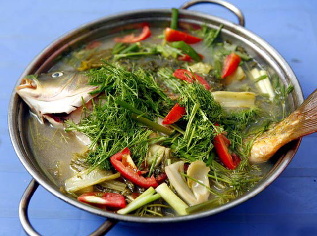 Cách làm món canh cá nấu dưa cải chua ngon ngày trở lạnh - Ảnh 1