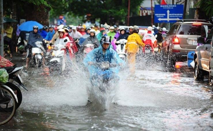 Dự báo thời tiết ngày 15/5: Nam Bộ còn mưa, đề phòng lốc, sét và gió giật mạnh - Ảnh 1