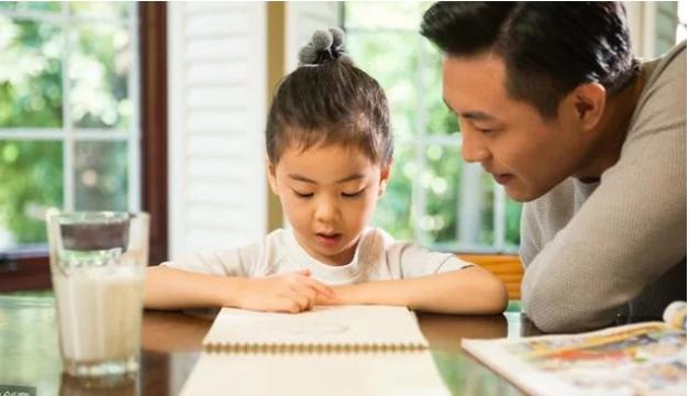 5 kiểu người cha vô tình làm hại tương lai con gái - Ảnh 2
