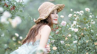 Phụ nữ khi yêu thường có 5 đặc điểm nổi bật này - Ảnh 2