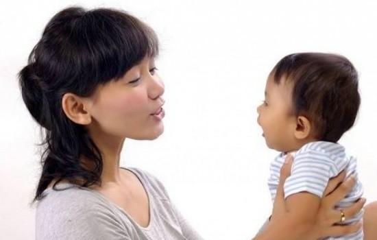 3 giai đoạn cha mẹ đặc biệt chú ý ngay từ đầu để bé nhanh biết nói - Ảnh 1