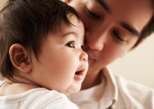 3 giai đoạn cha mẹ đặc biệt chú ý ngay từ đầu để bé nhanh biết nói - Ảnh 2