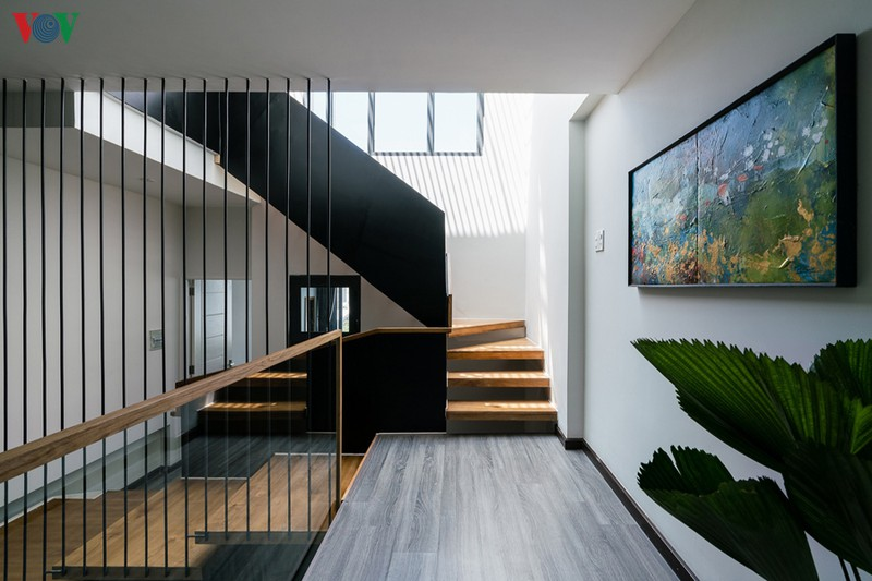 Ngôi nhà cá tính với tông màu xám - Ảnh 14