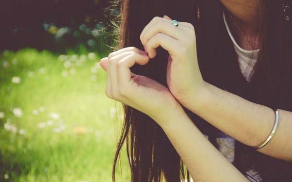 Trong tình cảm, một người con gái vì bạn làm 3 chuyện này chứng tỏ yêu bạn rất sâu đậm, đừng để mất họ - Ảnh 1