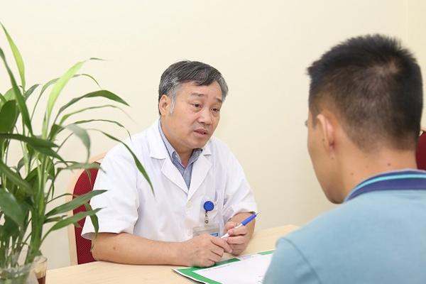 Chăm con thừa chất, bé trai 12 tuổi ở Hà Nội đầy sỏi trong mật - Ảnh 1