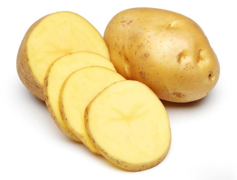 Không nên nấu chung khoai tây với tỏi, hành - Ảnh minh họa: Internet