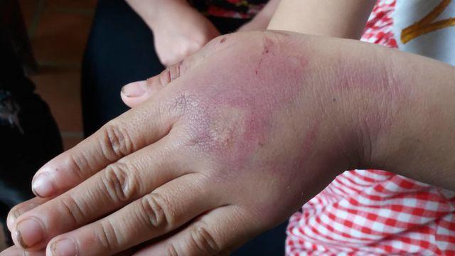 Thanh Hóa:  Phạt 2,5 triệu đồng người bố hành hung con gái - Ảnh 2