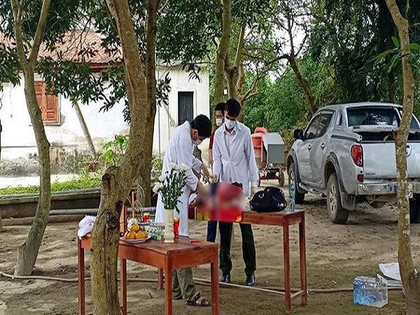 Hà Tĩnh: Thi thể bé gái sơ sinh đặt trước cổng chùa - Ảnh 1