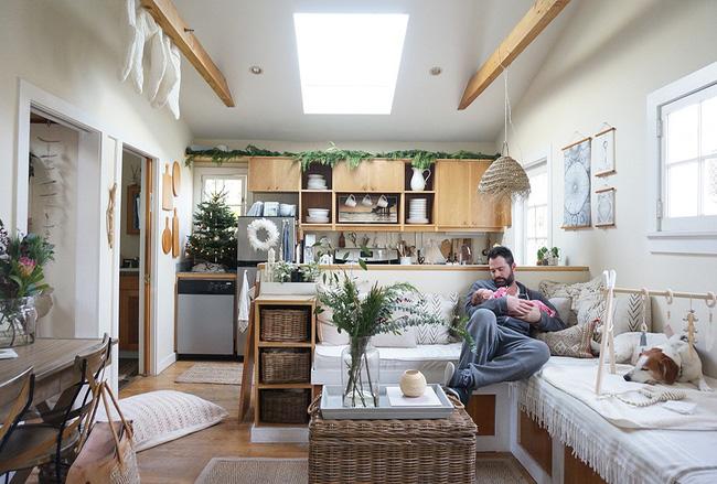 Ngôi nhà nhỏ của gia đình 3 người và 2 chú thú cưng - hạnh phúc đôi khi chỉ đơn giản như thế - Ảnh 2