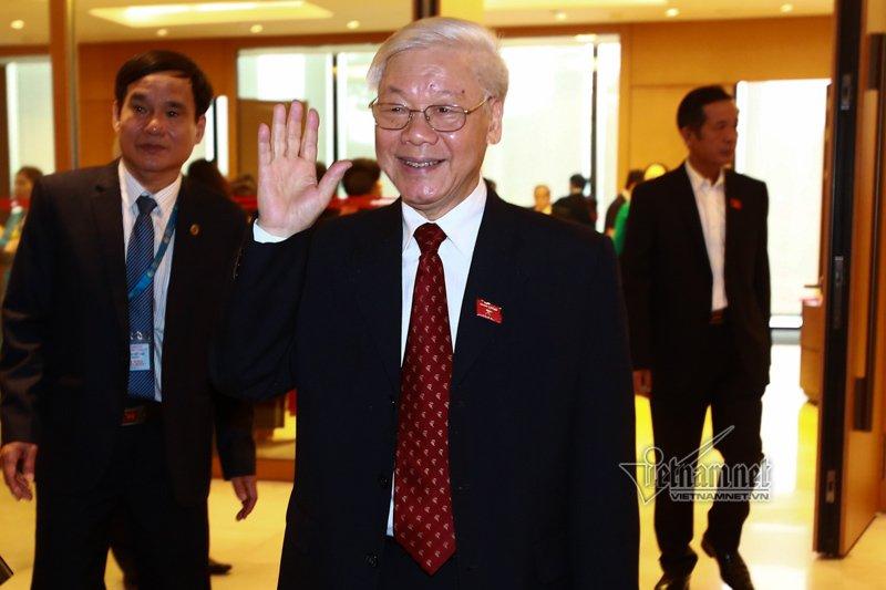 Giới thiệu Tổng bí thư Nguyễn Phú Trọng làm Chủ tịch nước - Ảnh 1