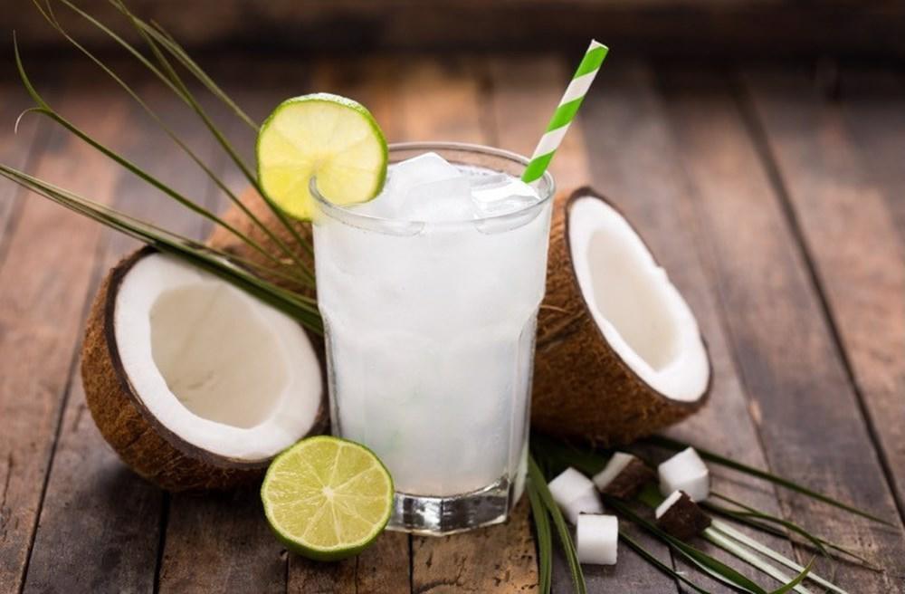 Không chỉ giúp bạn giải tỏa cơn khát, nước dừa còn rất tốt cho hai quả thận