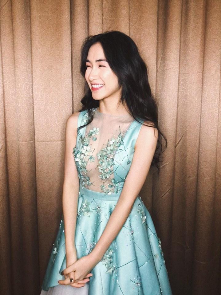Bị chê phẫu thuật thẩm mỹ hỏng mặt, Hòa Minzy thú nhận chỉ còn nặng 40 kg - Ảnh 2