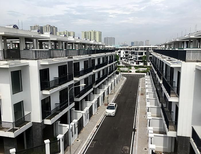 Hàng trăm nhà liền kề, biệt thự The Eden Rose xây vượt tầng? - Ảnh 3