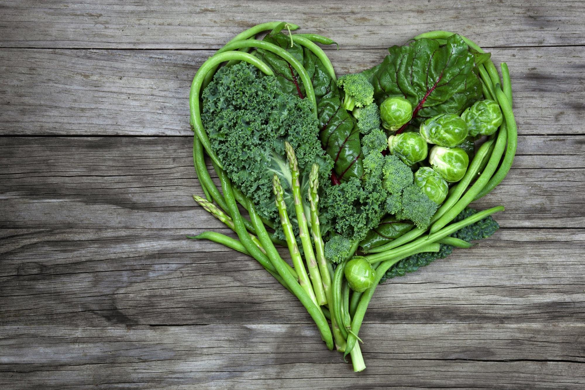Rau xanh chứa nhiều vitamin A, có chức năng cân bằng hormone trong cơ thể