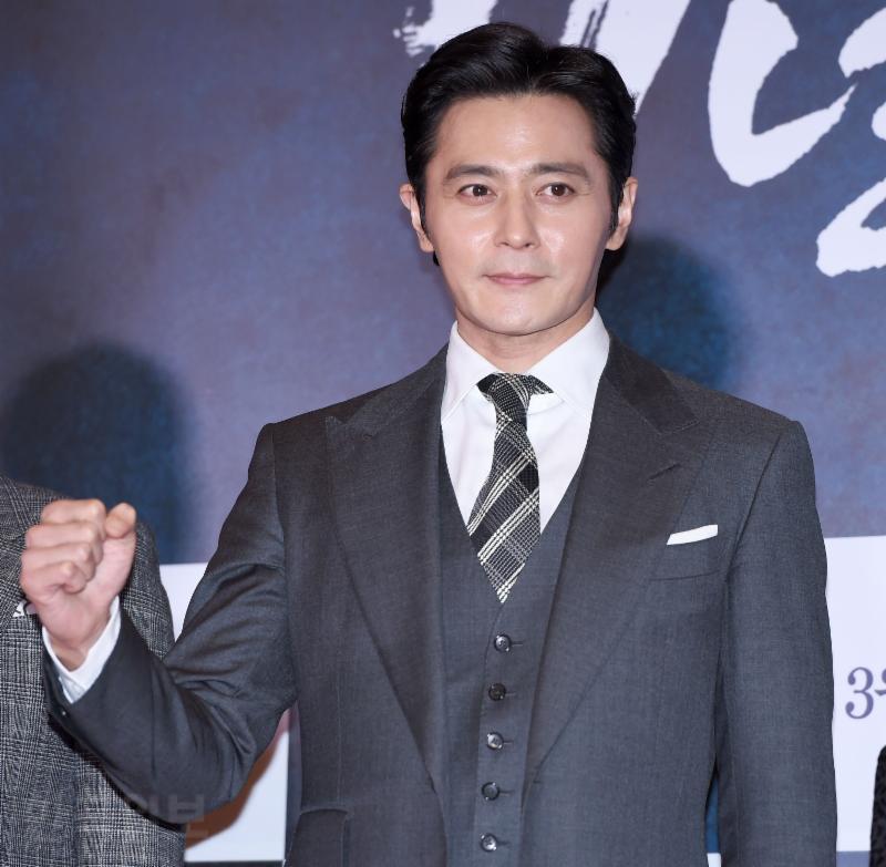 Tài tử Jang Dong Gun bị chính phủ Hàn Quốc triệu tập điều tra thuế - Ảnh 4
