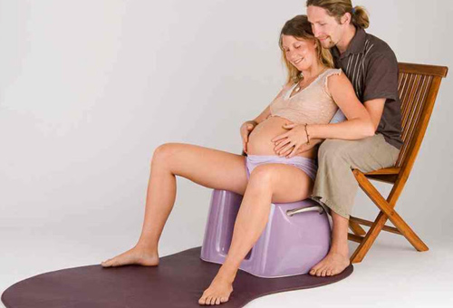 Những tư thế giúp chuyển dạ dễ dàng ít đau đớn các mẹ bầu nhất định cần biết trước khi lâm bồn - Ảnh 2