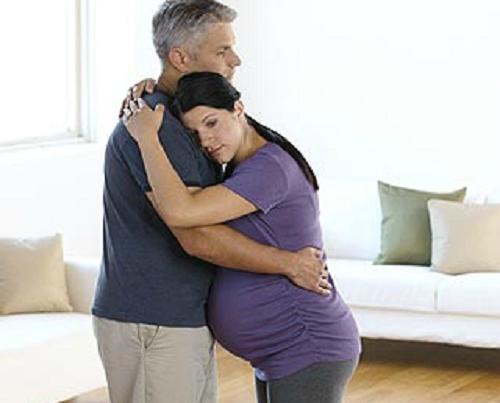 Những tư thế giúp chuyển dạ dễ dàng ít đau đớn các mẹ bầu nhất định cần biết trước khi lâm bồn - Ảnh 5