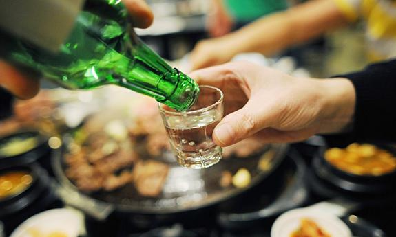 Nghị định 46/2016/NĐ-CP nghiêm cấm uống rượu khi điều khiển xe ô tô