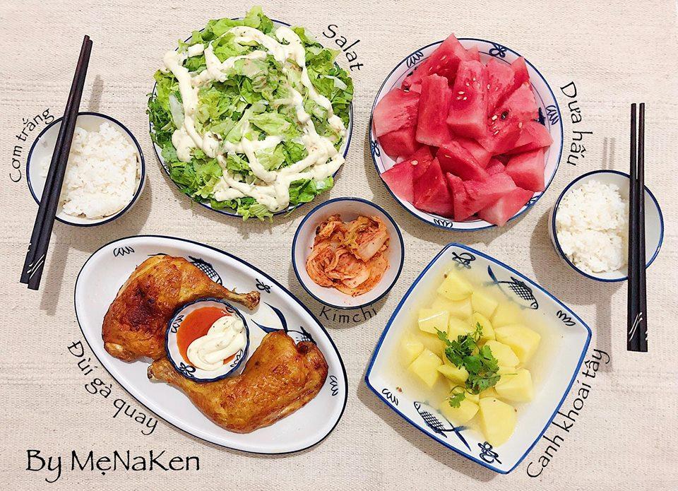 Bữa cơm đơn giản thể hiện sự khéo léo vun vén của mẹ NaKen