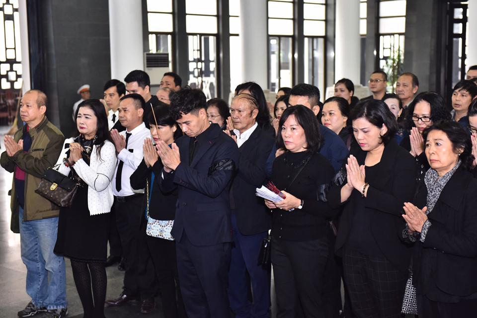 Các nghệ sĩ xót xa, đau buồn với sự ra đi đột ngột của Giám đốc Nhà hát Kịch Việt Nam