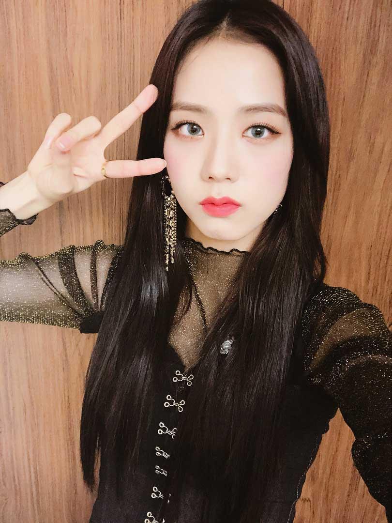 Bạn có biết đến kiểu trang điểm chuẩn 'hoa hậu Hàn Quốc' đẹp không tì vết của Jisoo (BlackPink)? - Ảnh 5