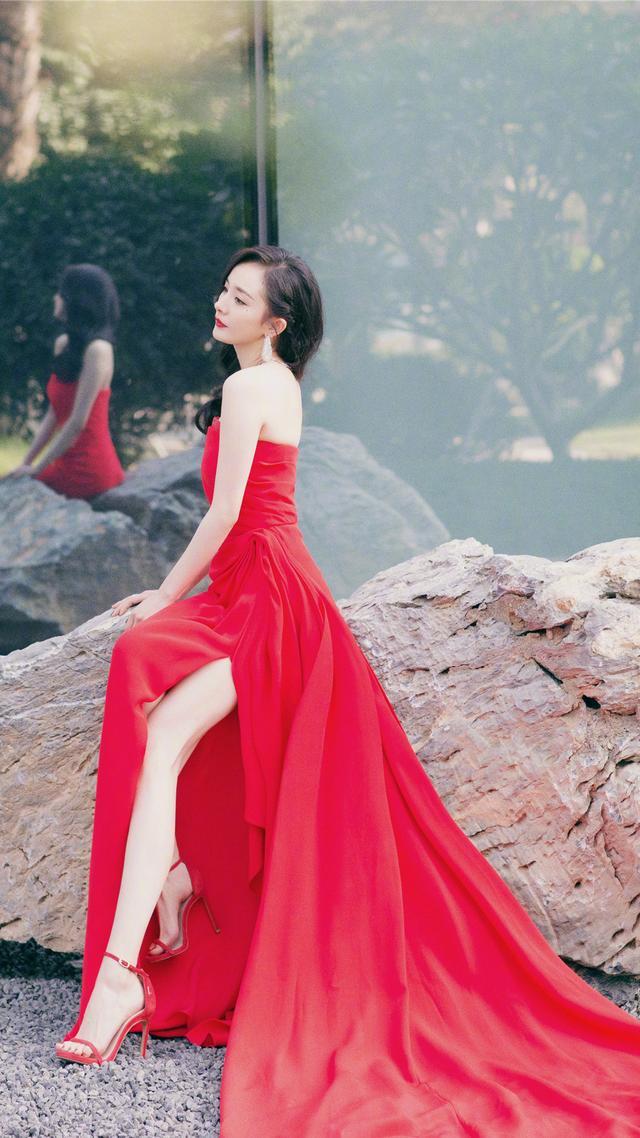 Sau 10 năm Dương Mịch mới cay đắng thừa nhận về mối tình cũ: 'Nếu lúc đó anh ta giữ tôi lại thì tôi đã không cưới Lưu Khải Uy' - Ảnh 4