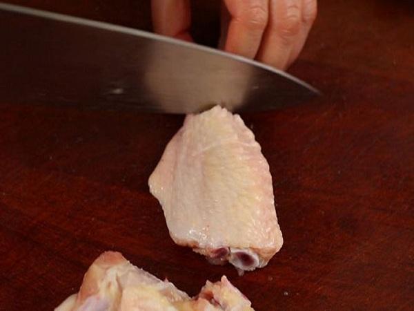 Cuối tuần, làm cánh gà rán kiểu Hàn thơm ngon giòn rụm đãi cả nhà - Ảnh 2