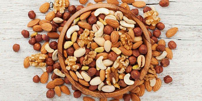 Ăn hạt hằng ngày giúp tăng cường trí nhớ ở người cao tuổi - Ảnh 1