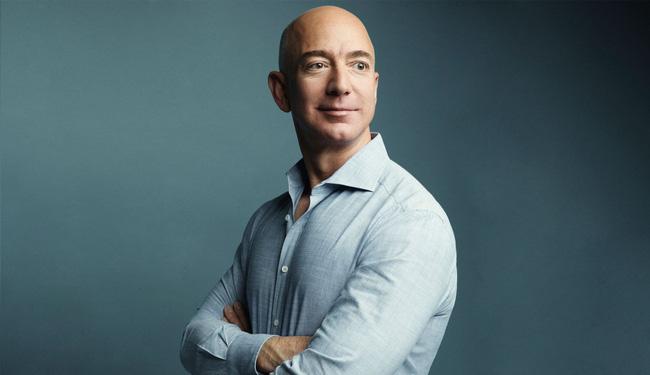 Những người giàu nhất thế giới kiếm tiền từ các ngành nghề nào? - Ảnh 3