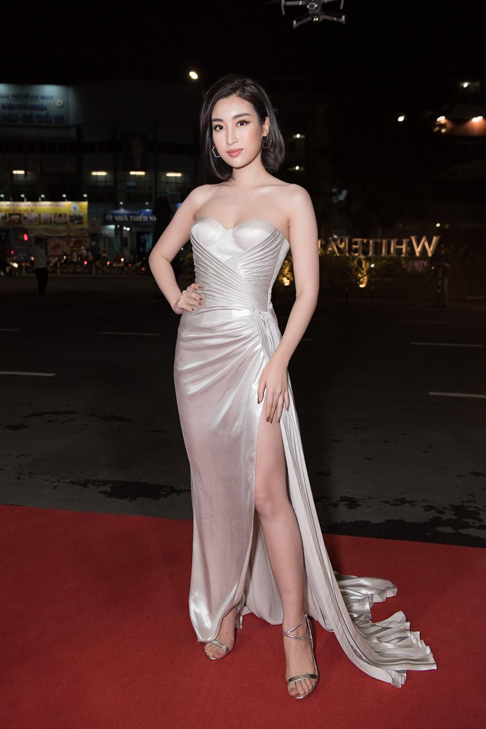 Quỳnh Anh diện đầm xẻ bạo sexy, đối lập 'đối thủ' Bảo Anh 'kín cổng cao tường' - Ảnh 9