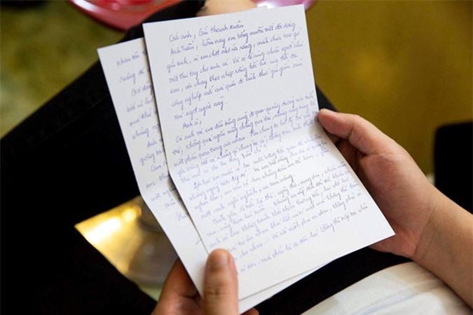 Hương Tràm gọi tình yêu năm 16 tuổi với Bùi Anh Tuấn là bản năng, vụng dại - Ảnh 4