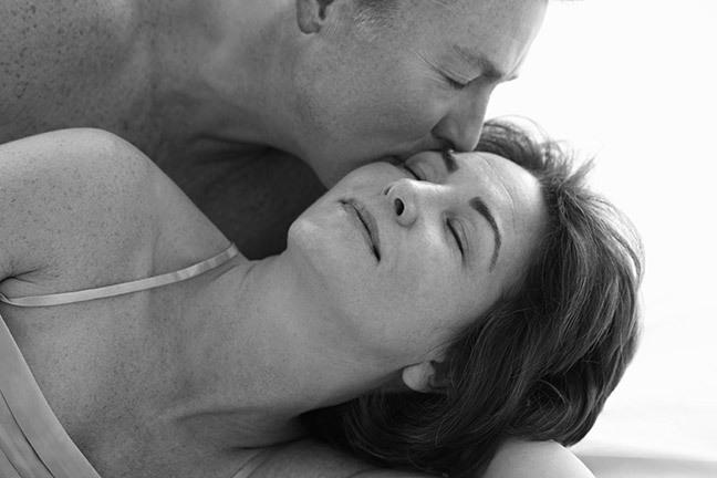 Hoạt động tình dục không phụ thuộc vào tuổi tác