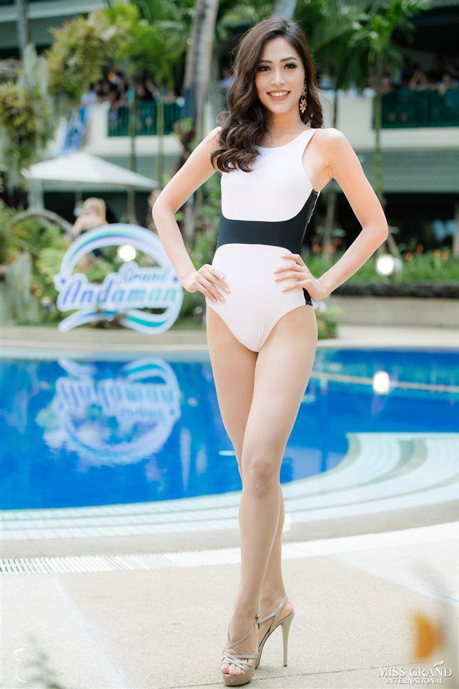 Tuy cuộc thi Miss Grand International - Hoa hậu Hòa bình Quốc tế 2018 đã khép lại nhưng những gì Bùi Phương Nga thể hiện vẫn khiến công chúng vô cùng ấn tượng. Cô không chỉ sở hữu khả năng giao tiếp đầy tự tin mà còn có kỹ năng trình diễn cùng những ải chân đầy cuốn hút. Ảnh: Internet