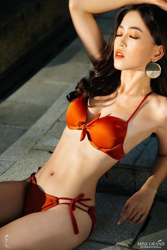 Người đẹp cũng sở hữu thân hình rất quyến rũ và nóng bỏng không thua kém gì các thí sinh quốc tế khác. Ảnh: Internet