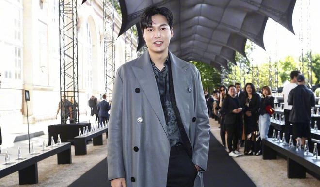 Gu thời trang gây thất vọng của Lee Min Ho hậu xuất ngũ - Ảnh 18