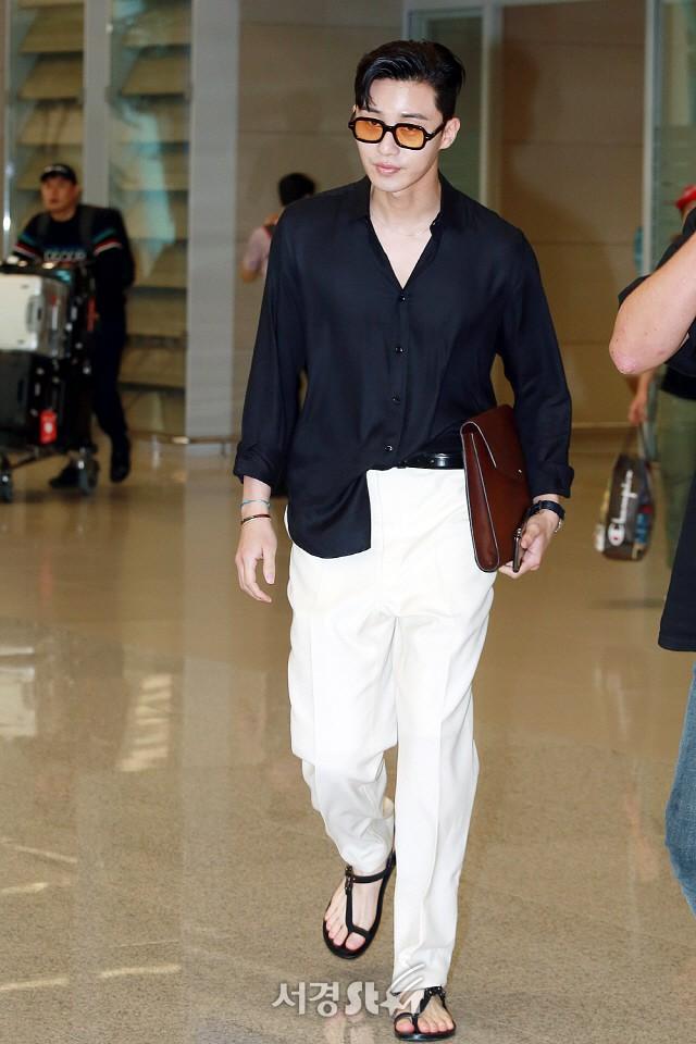 Gu thời trang gây thất vọng của Lee Min Ho hậu xuất ngũ - Ảnh 9