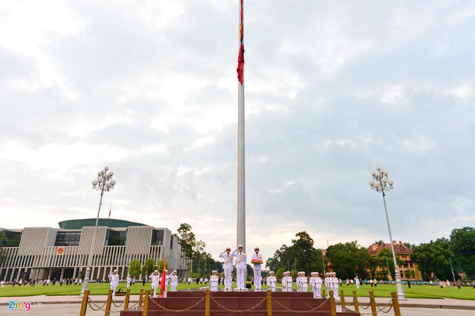 Tổng bí thư cùng các lãnh đạo viếng Chủ tịch nước Trần Đại Quang - Ảnh 1
