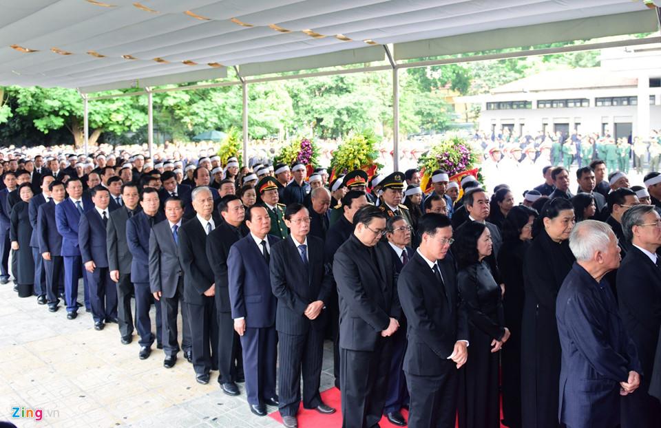 Tổng bí thư cùng các lãnh đạo viếng Chủ tịch nước Trần Đại Quang - Ảnh 8