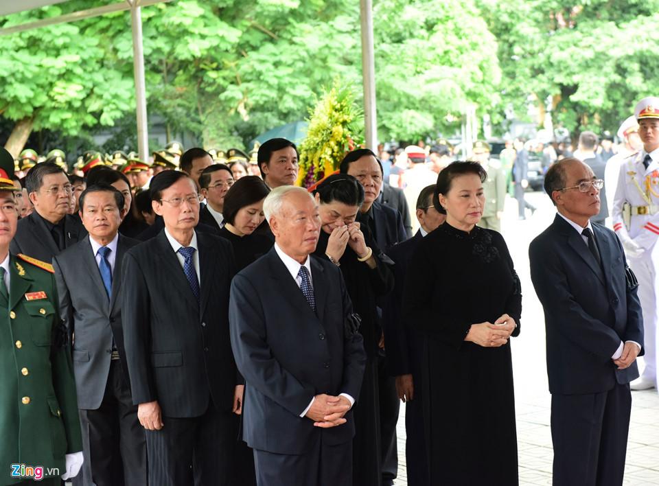 Tổng bí thư cùng các lãnh đạo viếng Chủ tịch nước Trần Đại Quang - Ảnh 5