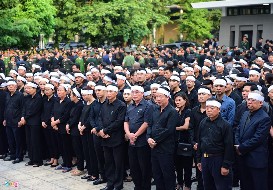 Tổng bí thư cùng các lãnh đạo viếng Chủ tịch nước Trần Đại Quang - Ảnh 13