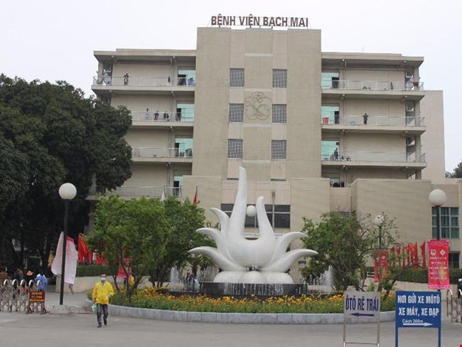 Bốn bệnh viện công được thí điểm tự chủ tài chính có tới hai lãnh đạo sắp đến tuổi nghỉ hưu - Ảnh 1