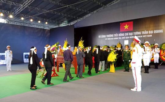 Chủ tịch nước Trần Đại Quang đã về với đất mẹ quê hương - Ảnh 4