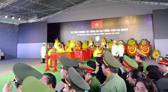 Chủ tịch nước Trần Đại Quang đã về với đất mẹ quê hương - Ảnh 5