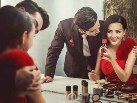 Với nam giới, yếu tố mới lạ là chất xúc tác cực mạnh, khiến họ có ham muốn cực kỳ mạnh với người khác giới.
