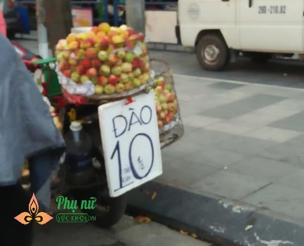Cú lừa đau đớn khi chị em vội mua chôm chôm 15 ngàn bán đầy vỉa hè Hà Nội - Ảnh 3