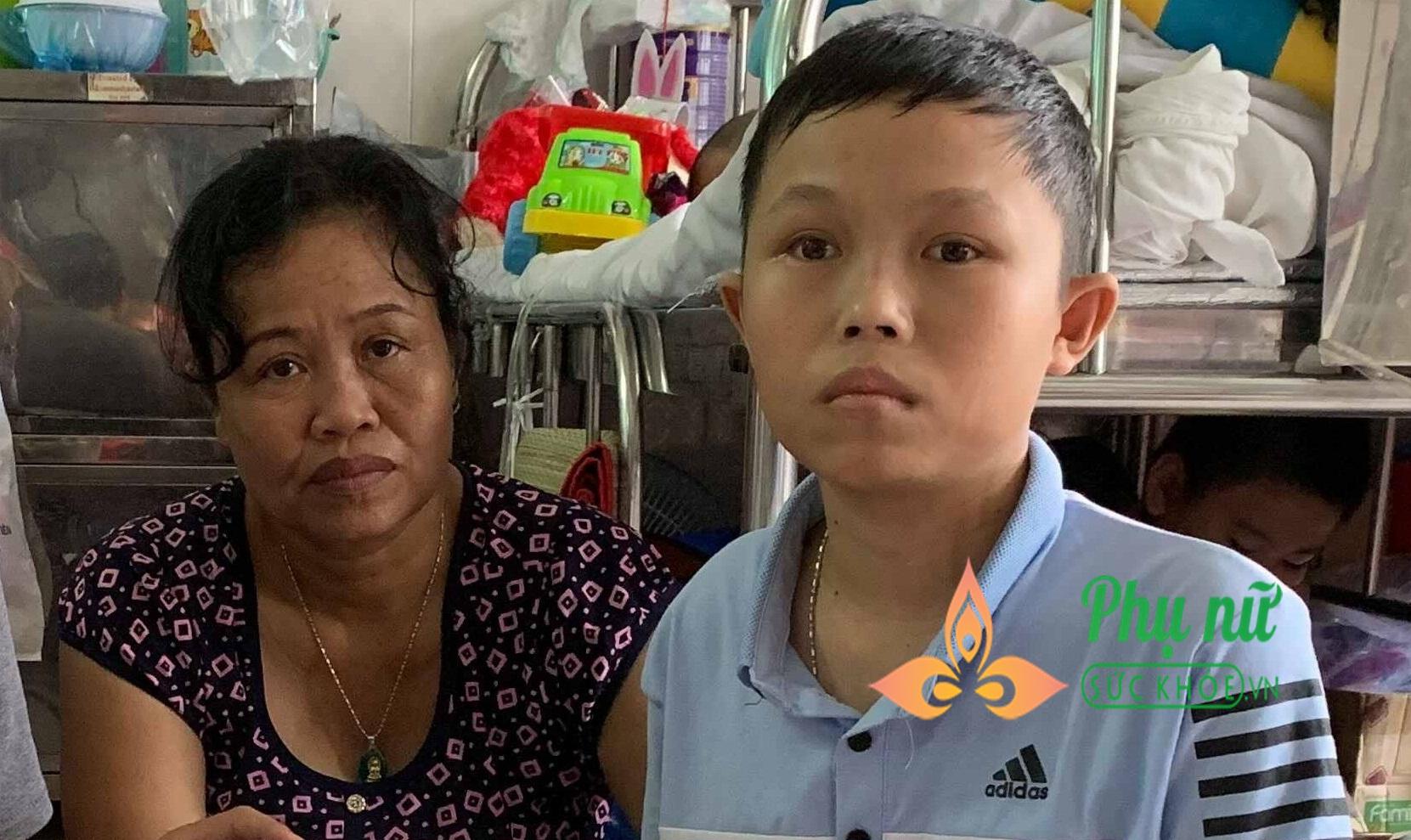 Tình cảnh nghiệt ngã của gia đình nghèo: Cha mất, mẹ bị u phổi, con mắc u não não ác tính đau đớn tột cùng - Ảnh 1