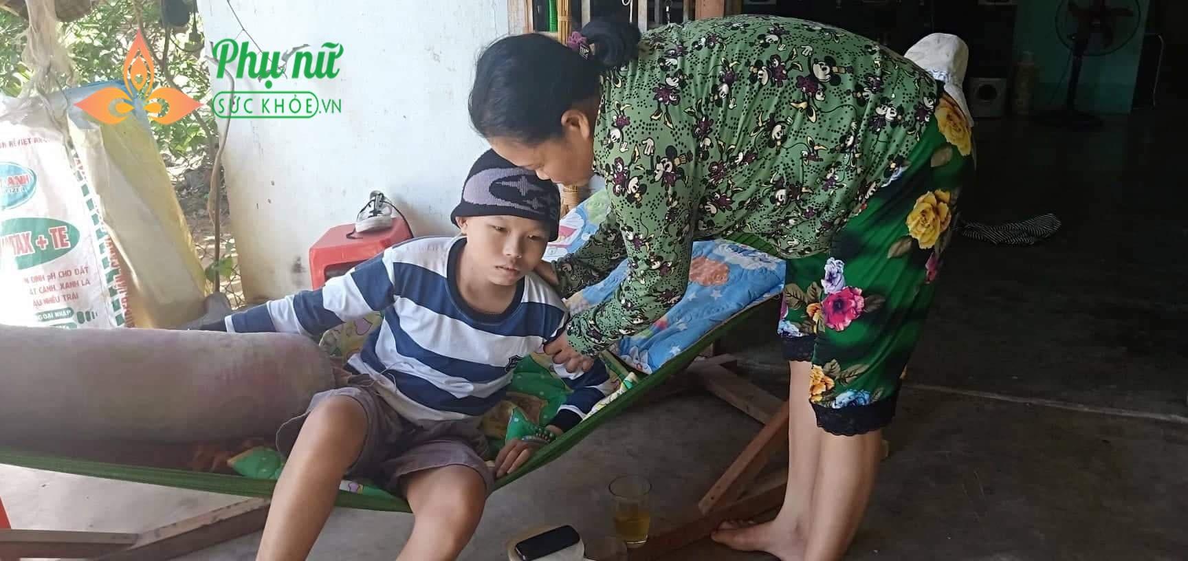 Tình cảnh nghiệt ngã của gia đình nghèo: Cha mất, mẹ bị u phổi, con mắc u não não ác tính đau đớn tột cùng - Ảnh 3