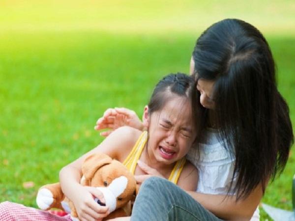 Đánh con khi bé nói dối chỉ làm vấn đề trở nên trầm trọng hơn - ảnh minh họa
