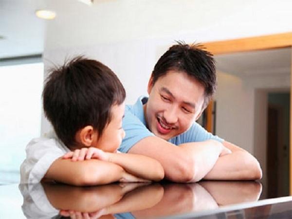 Sự kiên trì của anh Hà đã giúp con trai bớt tật nói dối - Ảnh minh họa.